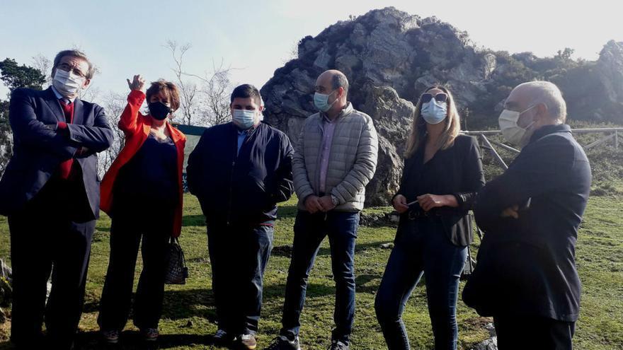 El Principado impulsará un plan de exhumaciones de víctimas del franquismo