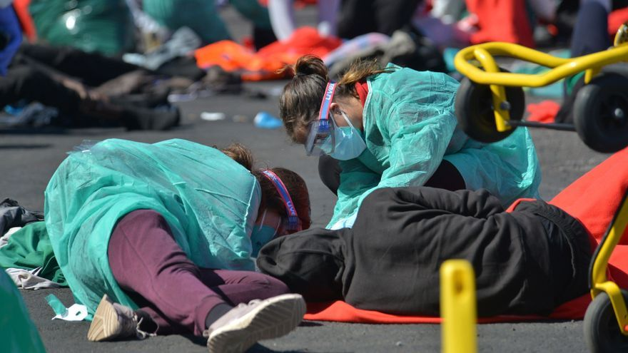 Llega una patera con 58 inmigrantes a El Hierro