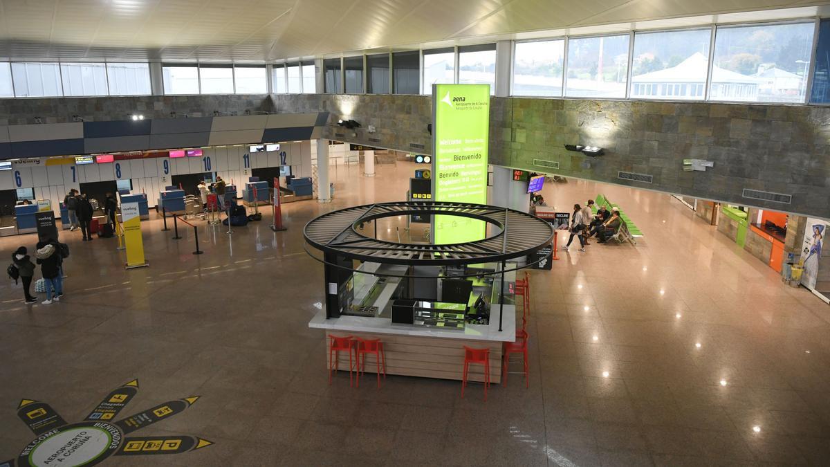 Terminal del aeropuerto de Alvedro, en A Coruña.