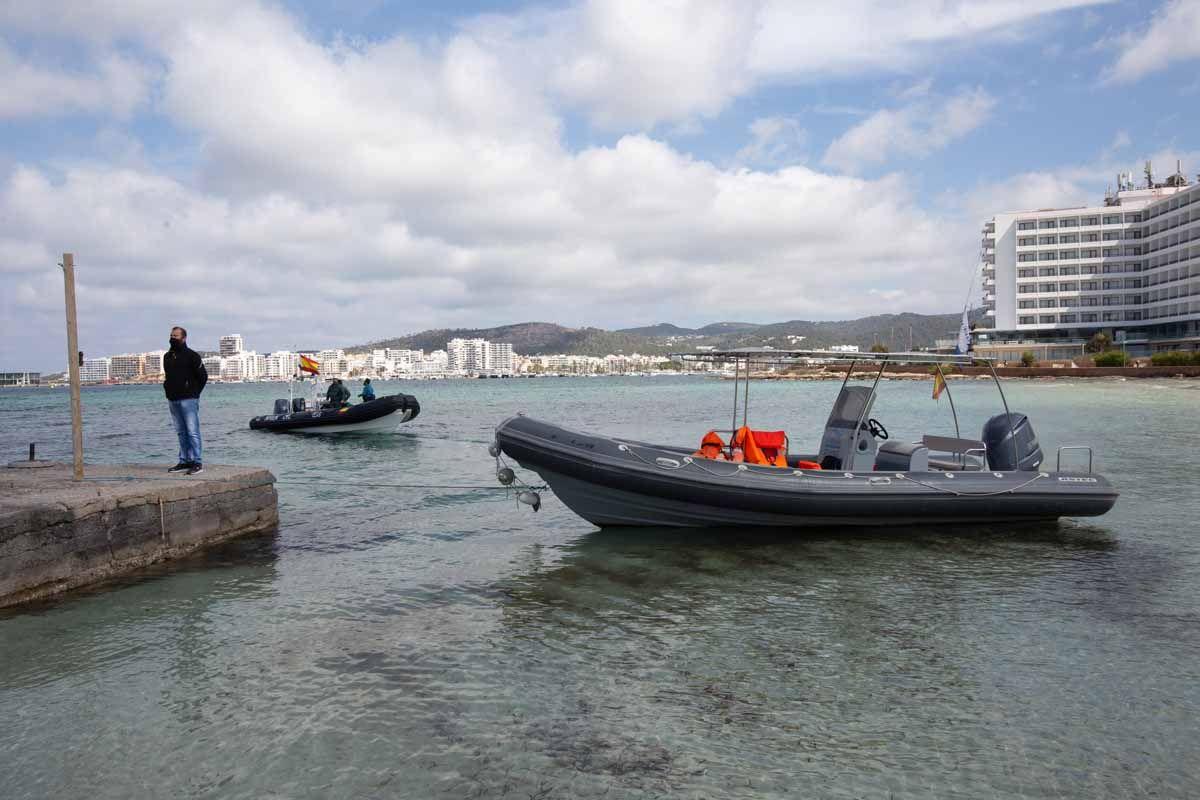 Sant Josep inicia la retirada de 156 muertos del fondo de la bahía