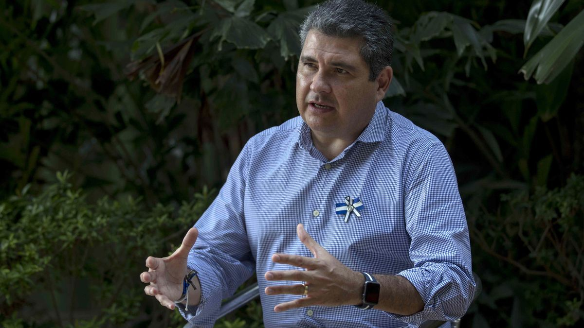 The opposition and presidential candidate Juan Sebastián Chamorro.