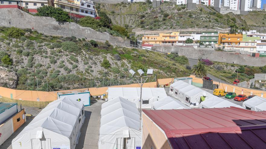 Las casetas de Barranco Seco se sustituirán por barracones en abril