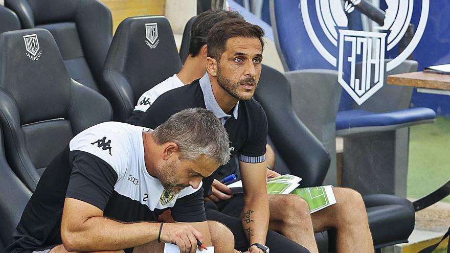 Sergio Mora: «El equipo se ha dejado la vida y el punto es bueno»