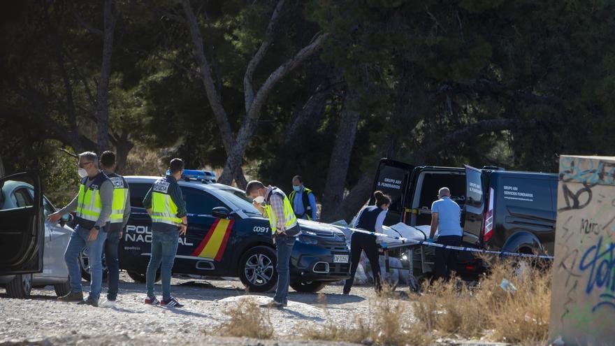 Aparece el cadáver de un hombre en descomposición en una escombrera de Rabasa