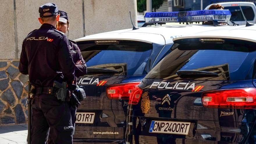 Persecución policial en Elda tras la fuga de un coche que transportaba cocaína y heroína