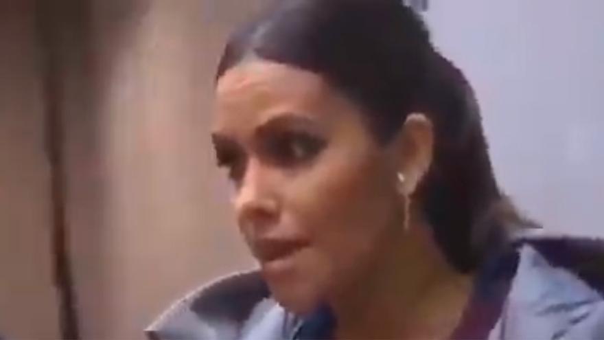 Cristina Pedroche presume de 'retaguardia' con un especactular posado en bikini