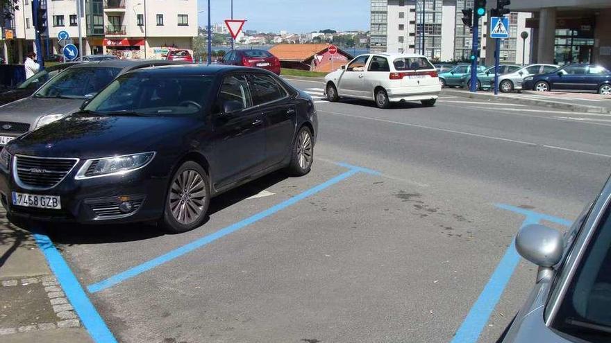 Culleredo ve que se incumple el horario del 'parking exprés' en O Burgo y lo amplía seis horas