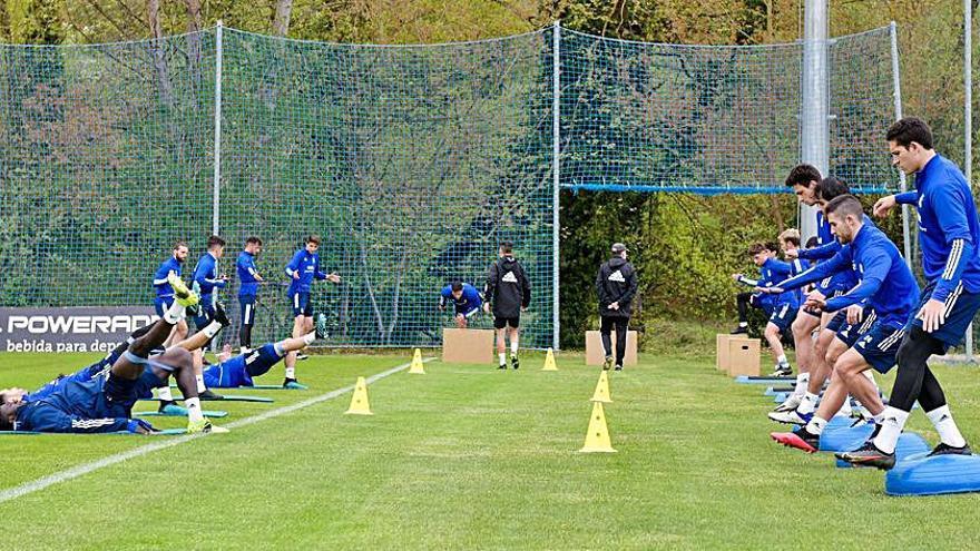 Viti, única ausencia en el entrenamiento del Oviedo