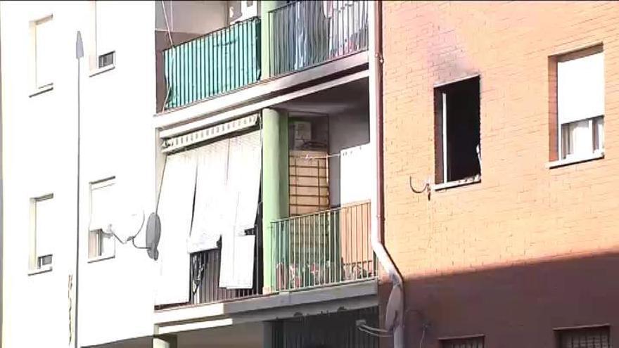 Muere una niña de año y medio por un incendio en una vivienda en Badajoz