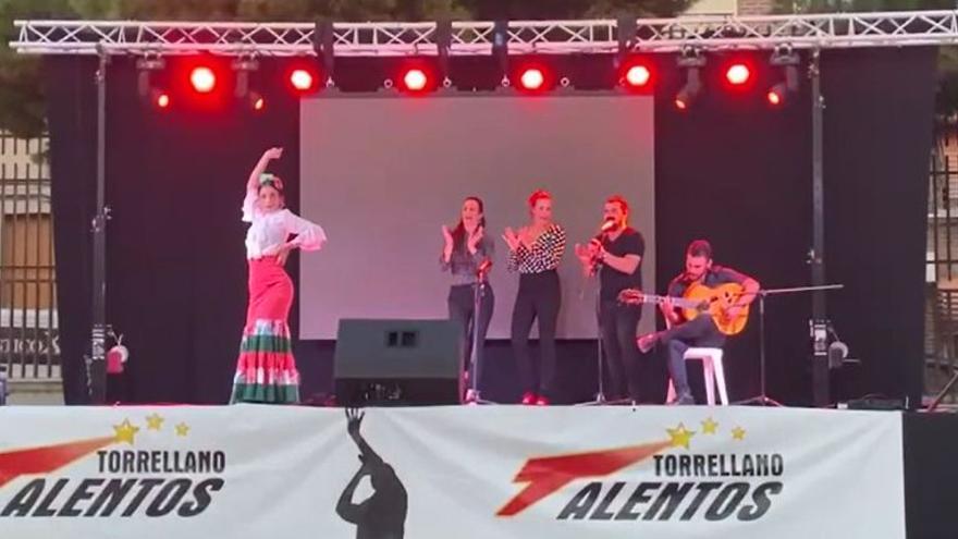 El flamenco de María Amador conquista Torrellano Talentos