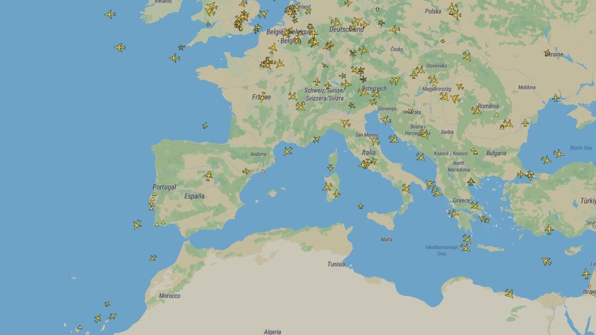 Imagen de los vuelos en Europa en la tarde a las 20:30 de este sábado.