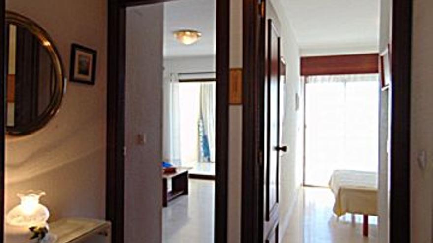 2.000 € Alquiler de piso en Benidorm 55 m2, 1 habitación, 1 baño, 36 €/m2, 19 Planta...