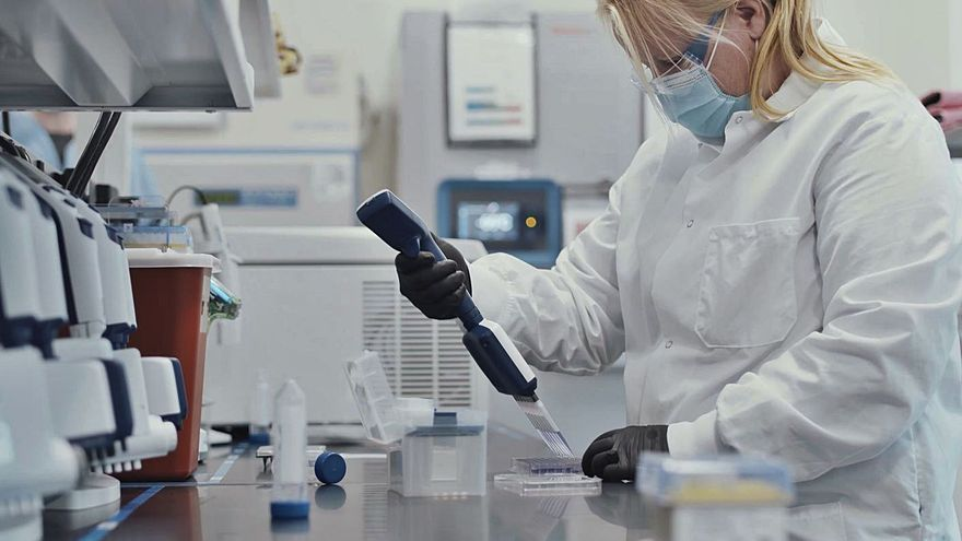 Nutricionistas y endocrinos instan a priorizar a los obesos en el plan de vacunación