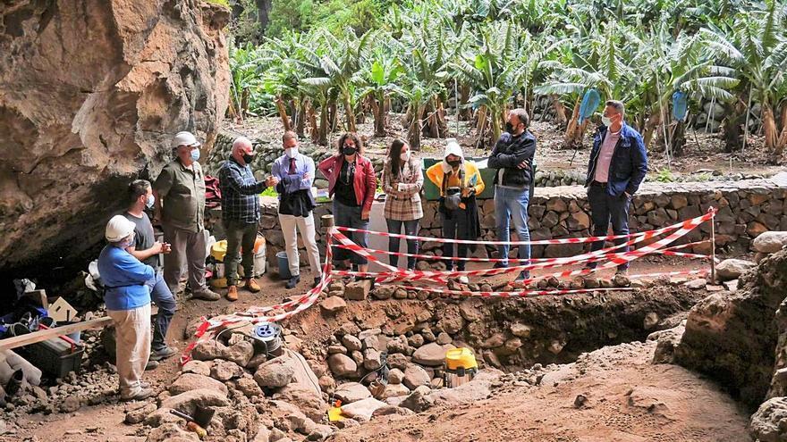 Finalizan las excavaciones en la Cueva de El Tendal tras 40 años