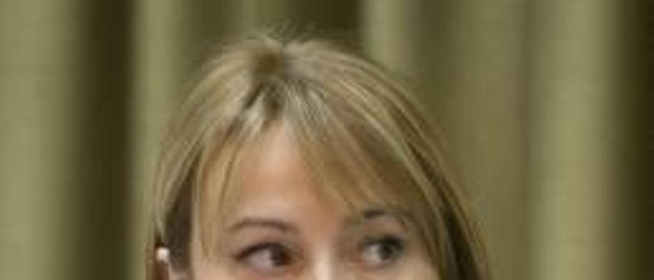 La oposición acusa al PP de usurpar las funciones del Consell de la Dona