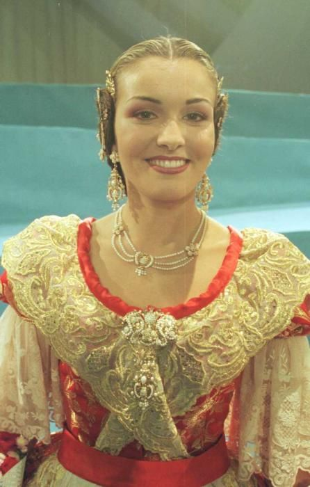 Corte 2001. Así conocimos a Adriana Polo.