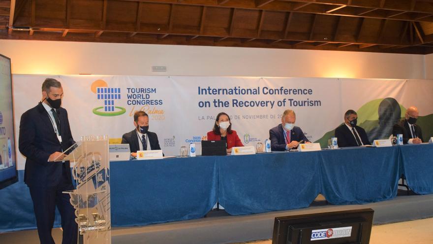 Sánchez anuncia en La Palma una inversión de 3.400 millones para reactivar el turismo