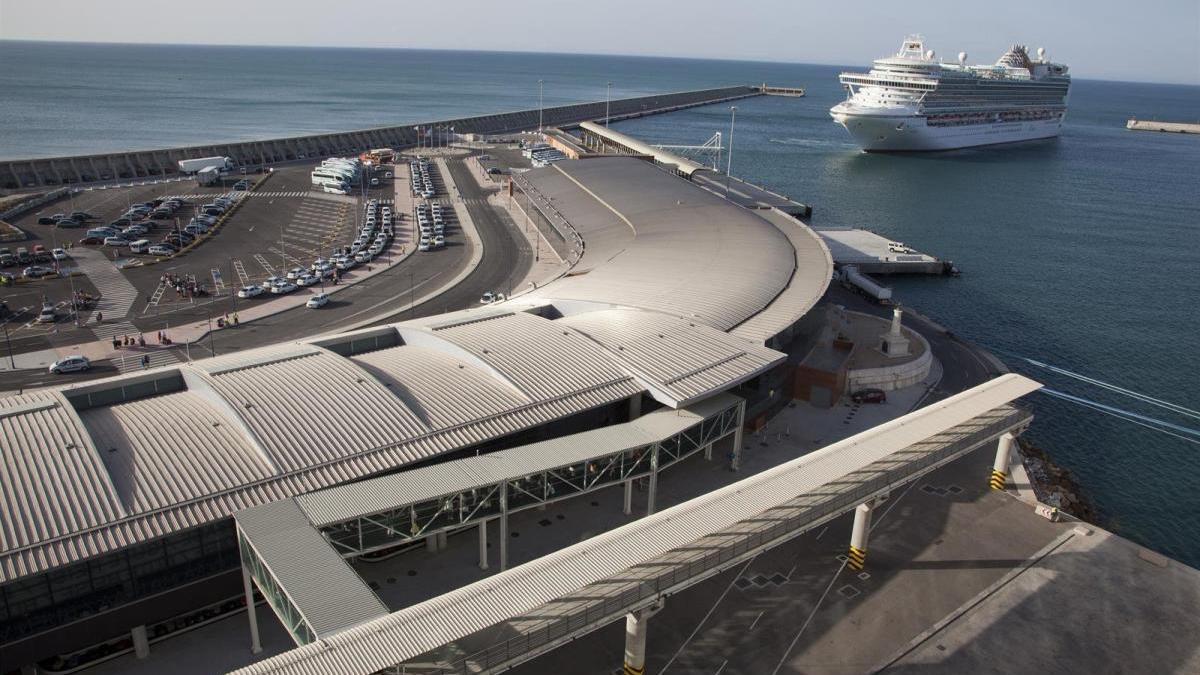 Terminales de cruceros del Puerto de Málaga.