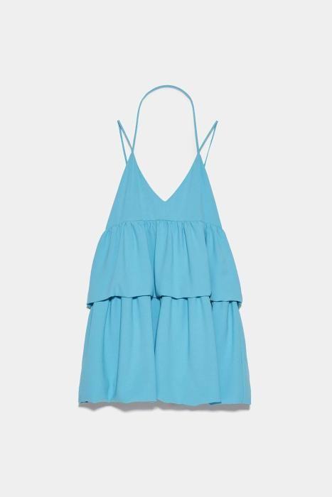 Vestido azul celeste de Zara. (Precio: 25,95 euros