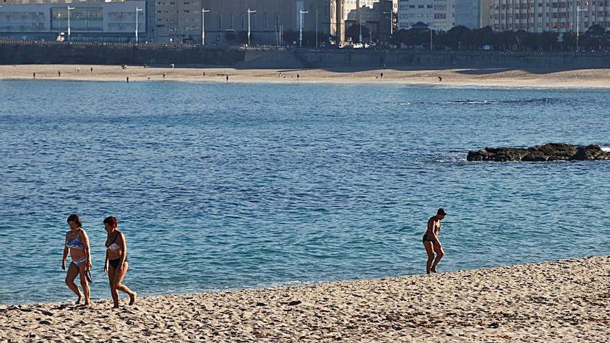 El buen tiempo continuará en la jornada de hoy, con máximas de 23 grados en A Coruña