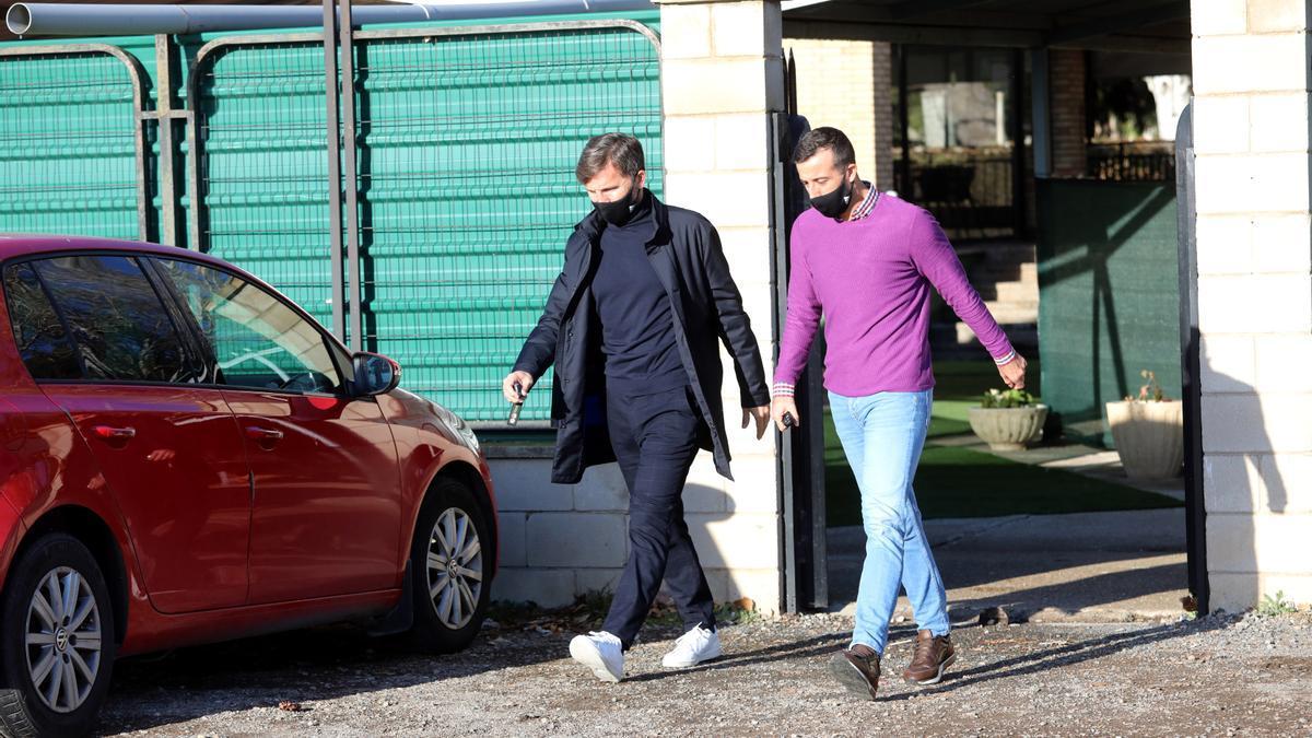 Lalo Arantegui y José María Barba salen de la Ciudad Deportiva el pasado mes de diciembre.