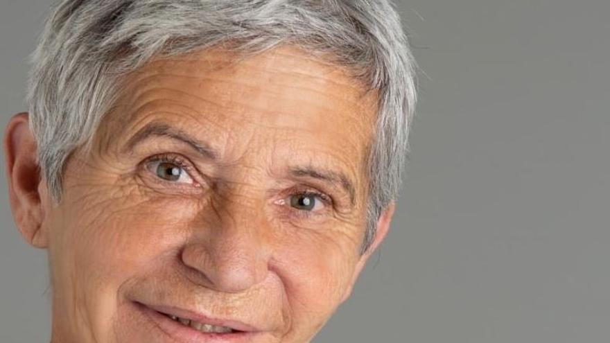 La promotora del mercadillo solidario de Pilar de la Horadada denuncia al Ayuntamiento