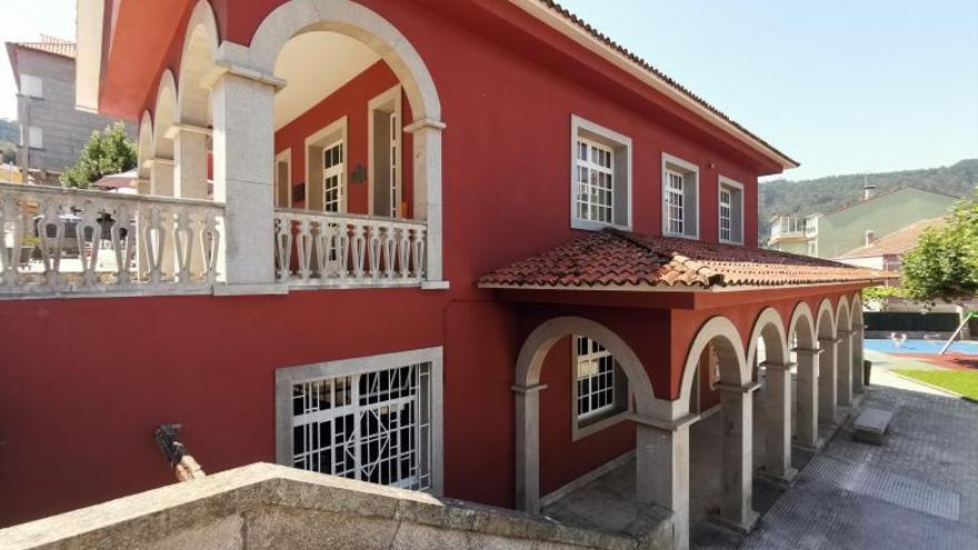 Bueu aspira a ampliar su biblioteca con una nueva planta de 360 m2, el traslado del archivo y más servicios