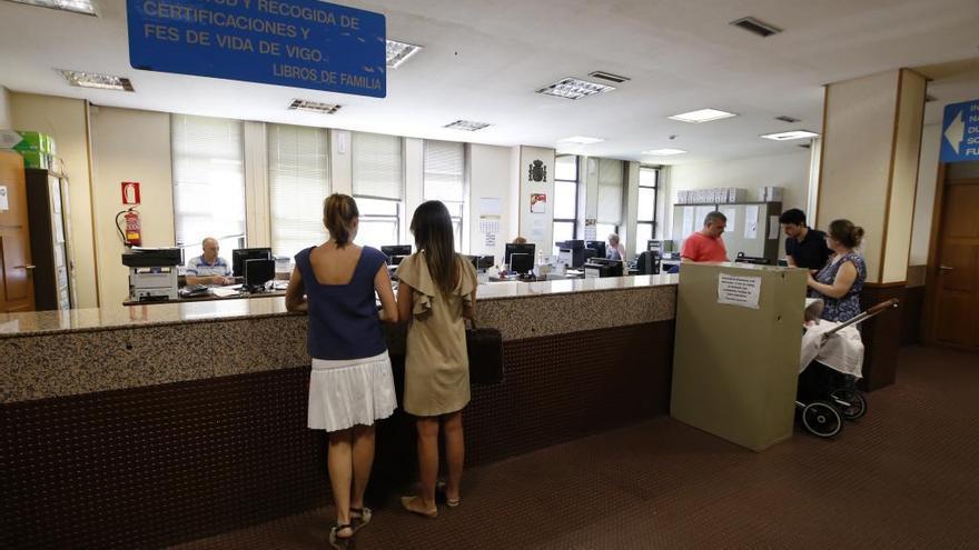Aluvión de peticiones de fes de vida en el Registro Civil: un millar cada mes