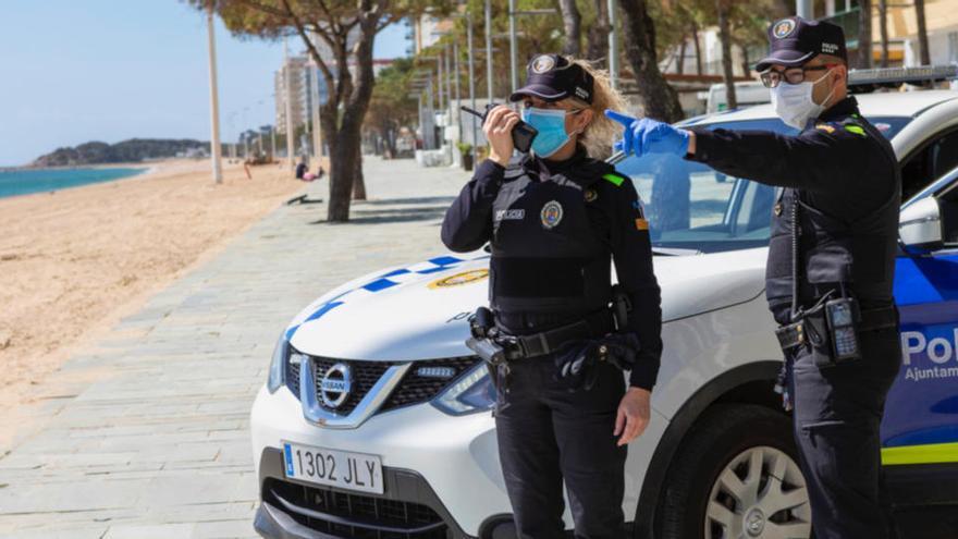 La pressió policial redueix de manera «dràstica» els «botellons» a Platja d'Aro