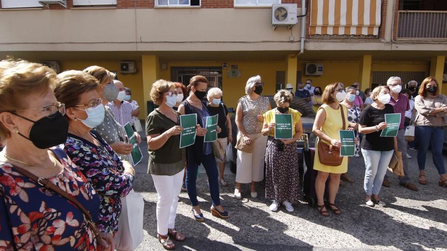 Los vecinos de Alcolea vuelven a exigir a la Junta la construcción del nuevo centro de salud