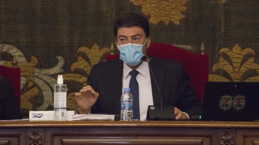 El alcalde de Alicante pide al Gobierno que desbloquee ayudas para afrontar la pandemia