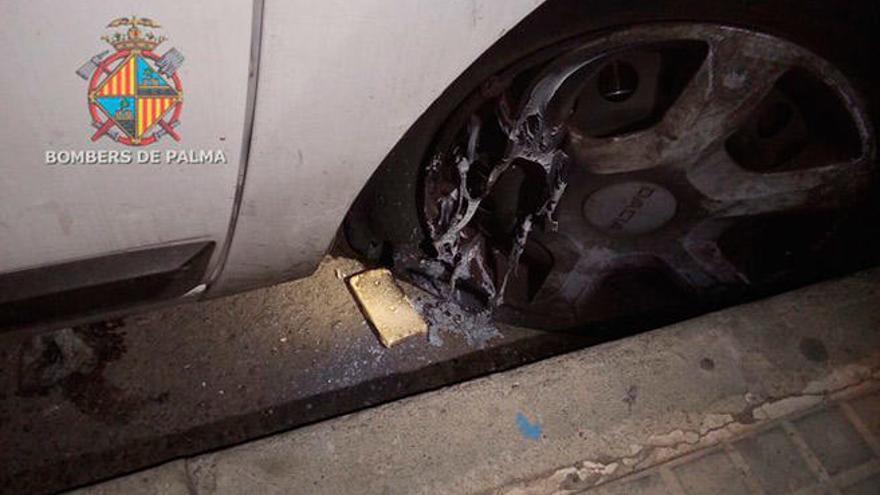 Incendio intencionado de un vehículo de Emaya en Son Gotleu