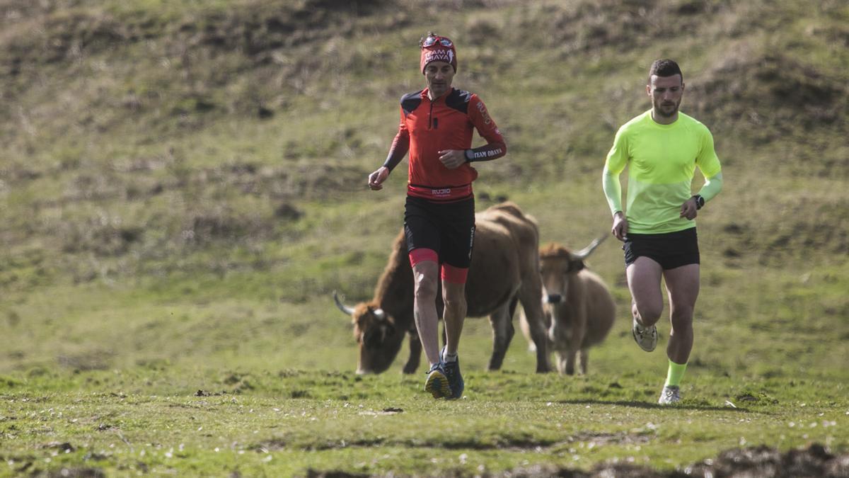 El gijonés Santi Obaya lo deja todo por las carreras de montaña