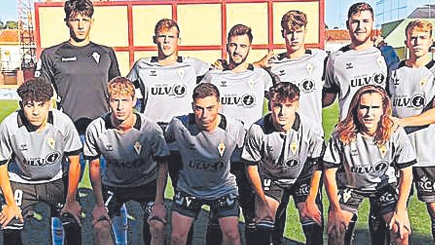 El Real Murcia salva el pabellón regional en una jornada aciaga