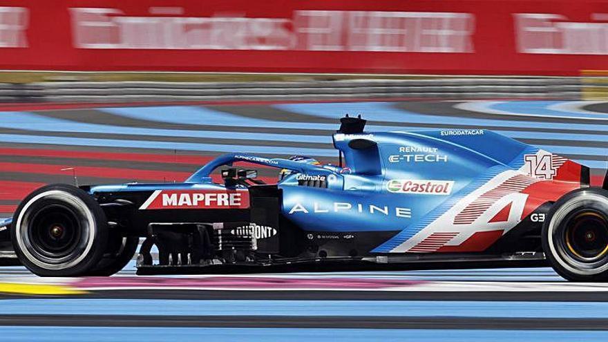 Buenas noticias en Francia: Alonso 4º y Sainz 8º