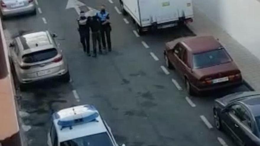 Detenido por amenazar a policías en Vecindario