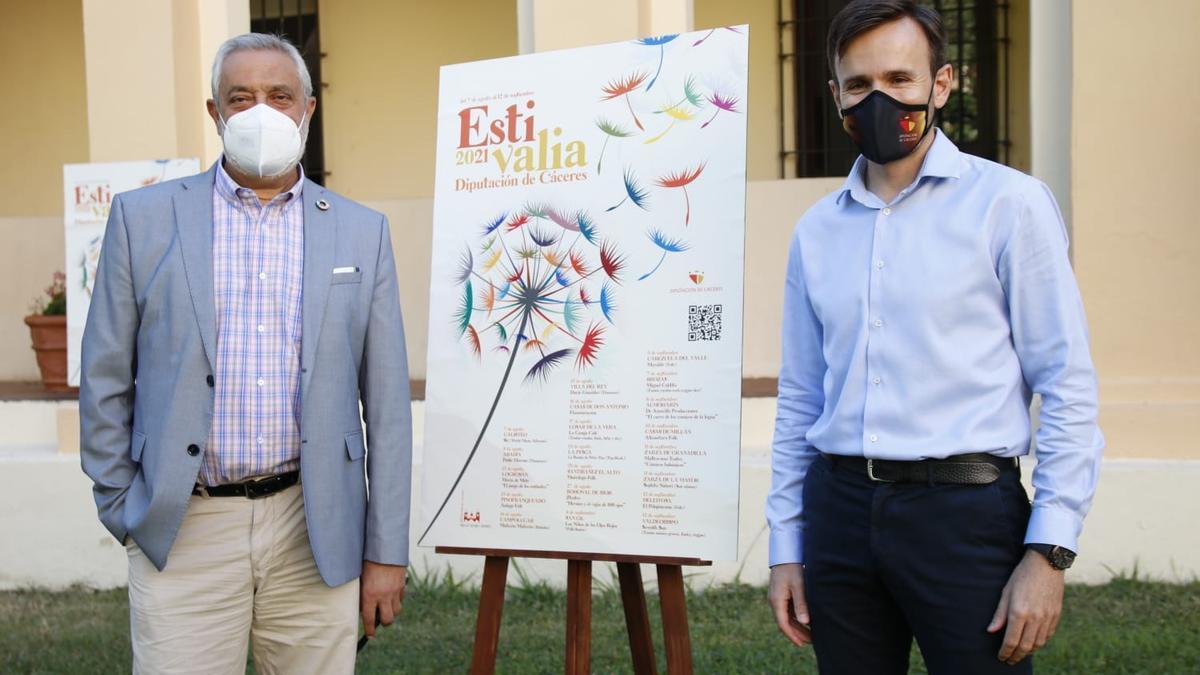 Carlos Carlos y Fernando Grande Cano en la presentación del programa Estivalia