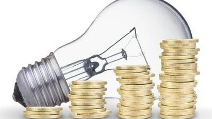 El Consell de Ministres aprova la rebaixa temporal de l'IVA de la llum del 21 al 10%