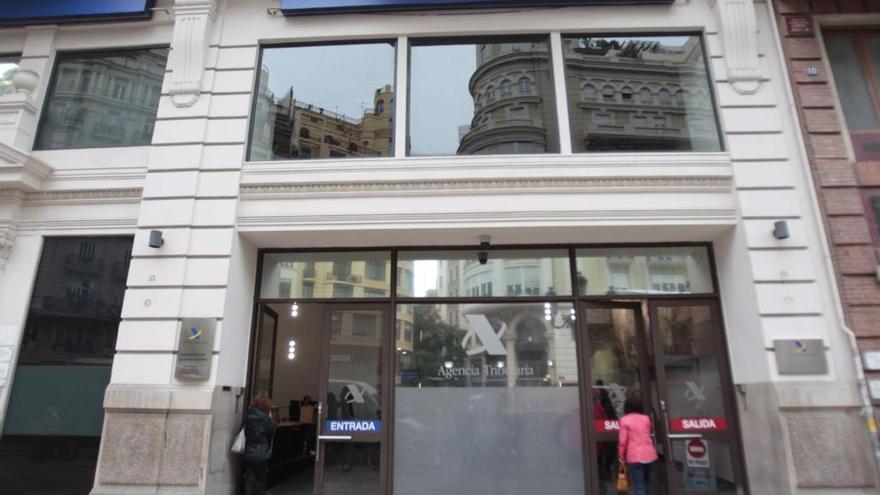 Mazabi compra el edificio ocupado por Hacienda en la plaza del Ayuntamiento