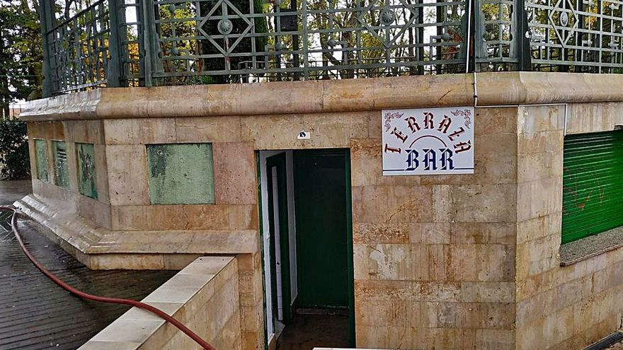 El bar del templete de la Mota de Benavente sale a licitación por dos años y seis meses