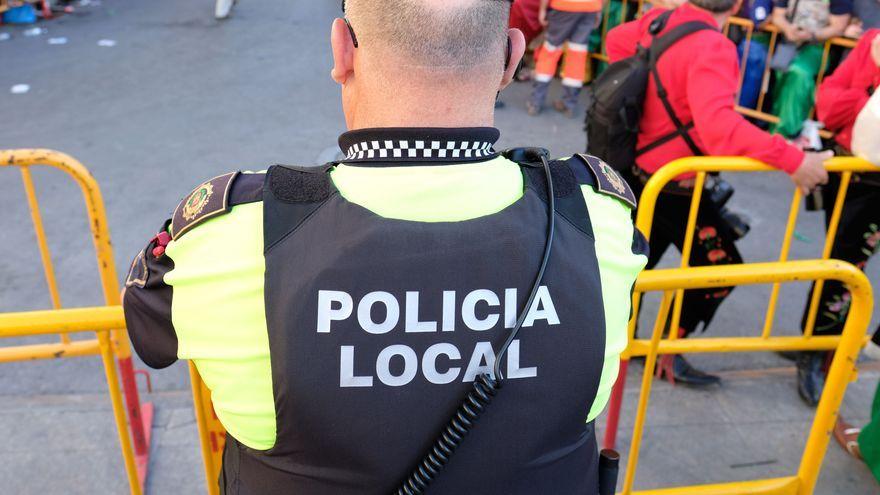 La Policía Local de Elda desmantela dos fiestas privadas y sanciona a dos locales