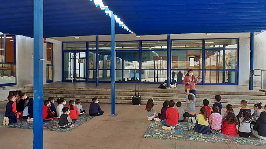 La música llega a las aulas de Rafelbunyol