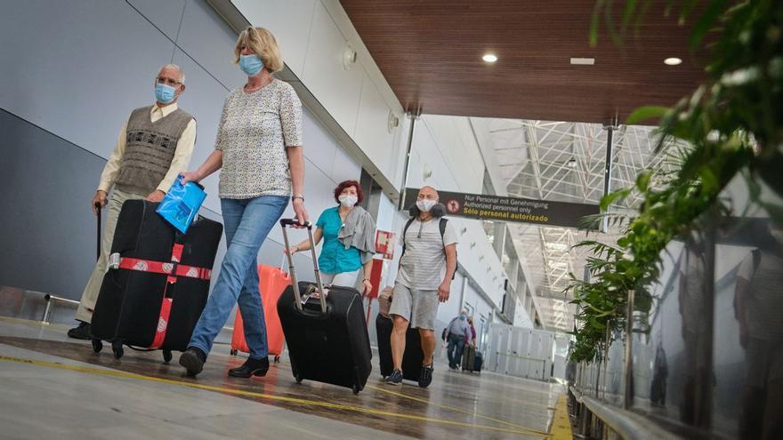 La Cámara de Tenerife pide bajar las tasas aeroportuarias para reforzar el destino de Canarias