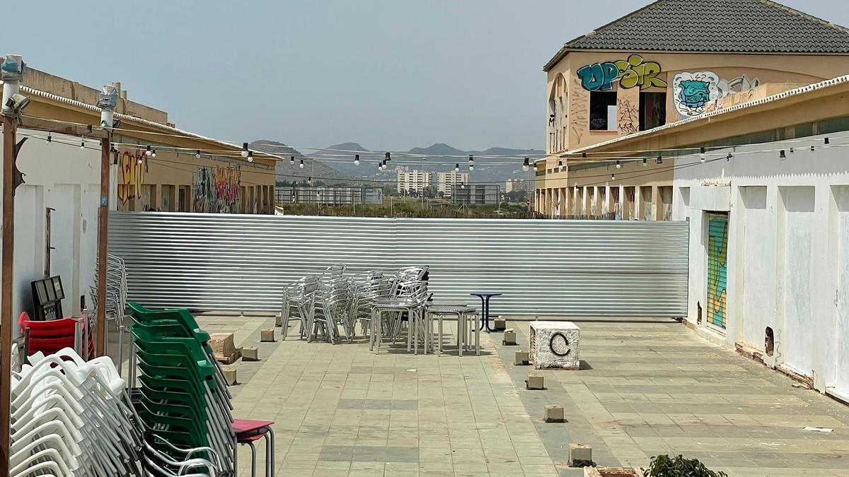 Parte superior del Centro Comercial Las Dunas.