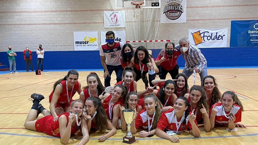 El Deza Maristas conquista su séptima liga júnior consecutiva