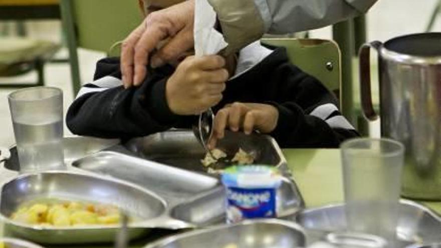 Educación dará beca de comedor escolar a familias con renta de inclusión