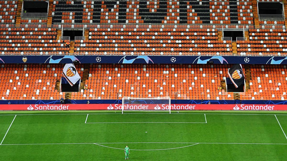 Les tribunes sont vidées mais València couronne son marathon