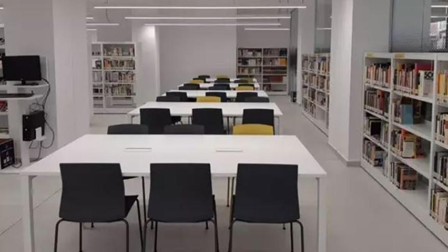 La biblioteca de Benimaclet reabre convertida en la más grande de València