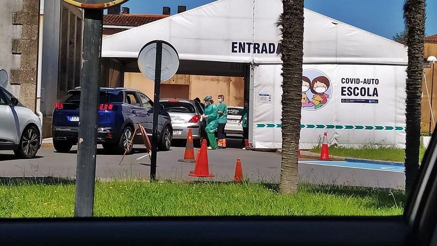 Los nuevos contagiados de A Estrada: entre 18 y 19 años y al menos ocho ligados a la escapada a Sanxenxo