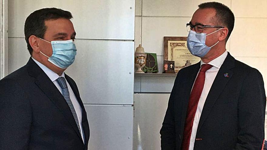 """El Colegio de Médicos reclama una sanidad """"competitiva"""""""